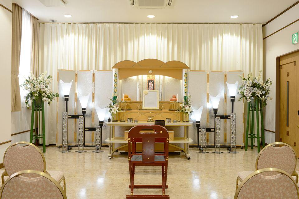 法要室:葬儀後の初七日法要から忌明け・初盆など法事の際にご利用いただけます。