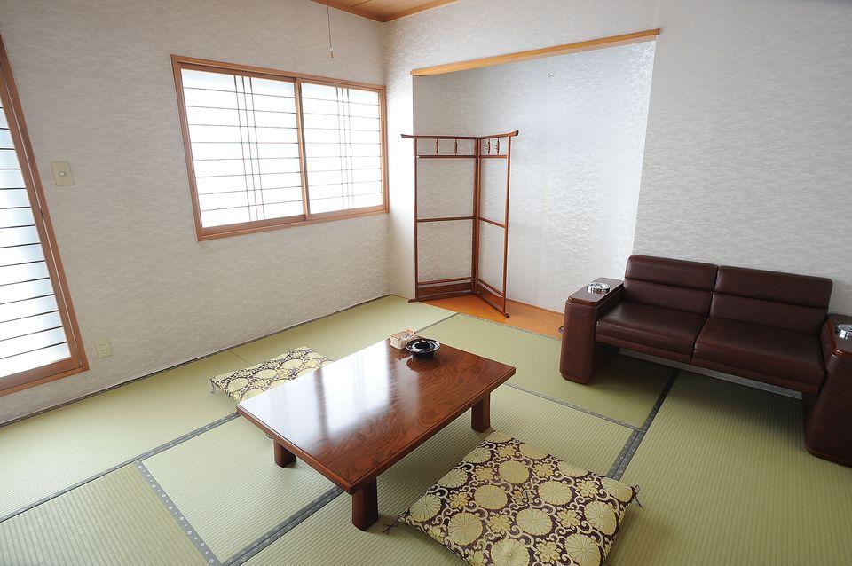 寺院控室:お寺様(宗教関係者)のお部屋もご用意いたしております。