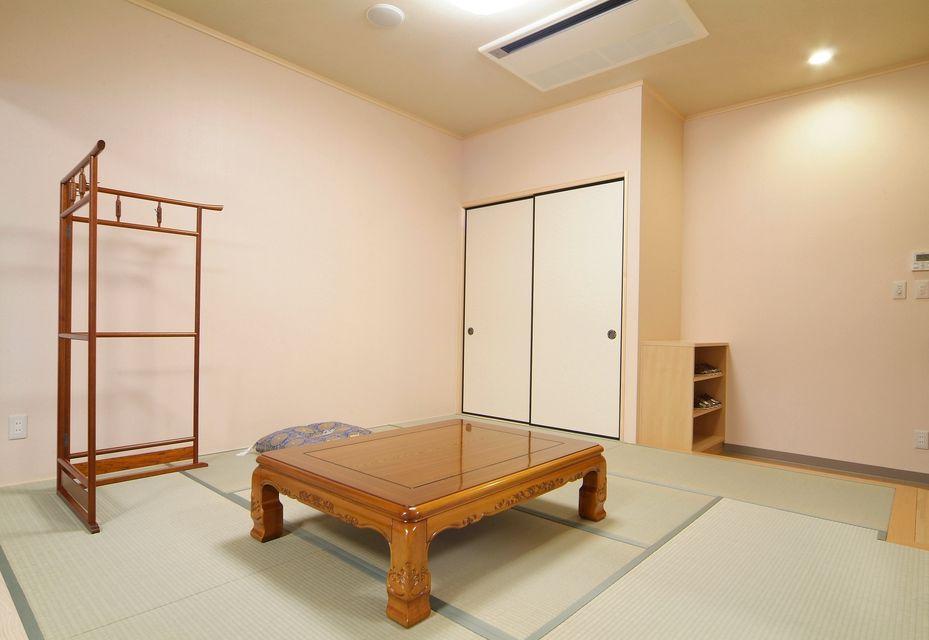 寺院控室:お勤めをいただく、宗教関係者の控室も別室にて用意しております。