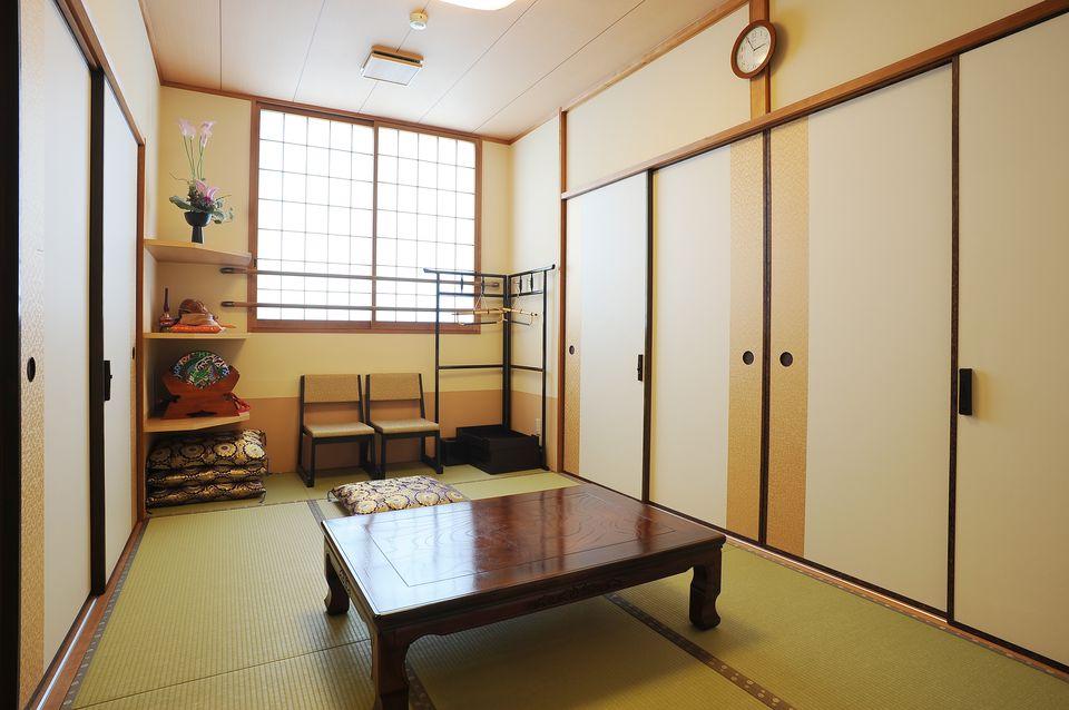 寺院控室:お寺様(宗教関係者)の控室もご用意しております。